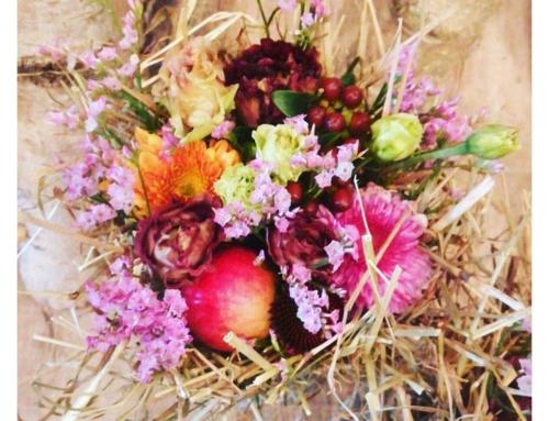 Høtyv – Halm med blomsterpynt